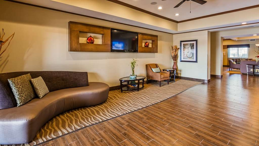 Best Western Plus Seminole Hotel & Suites - Vue du lobby