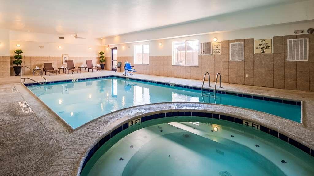 Best Western Plus Seminole Hotel & Suites - Vue de la piscine