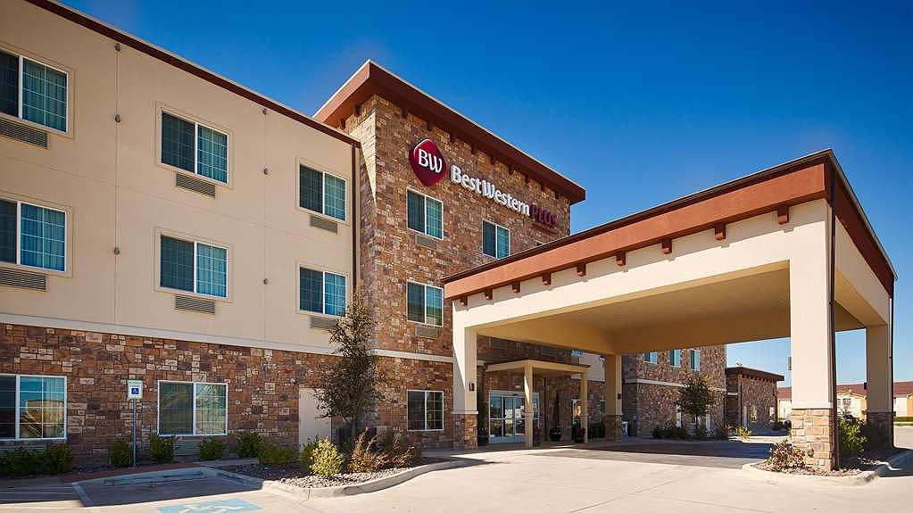 Best Western Plus Fort Worth Forest Hill Inn & Suites - Vue extérieure