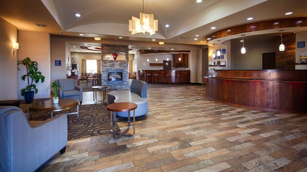 Best Western Plus Fort Worth Forest Hill Inn & Suites - Hall
