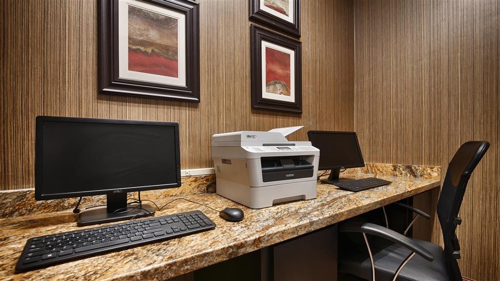 Best Western Plus Hobby Airport Inn & Suites - affari-centro
