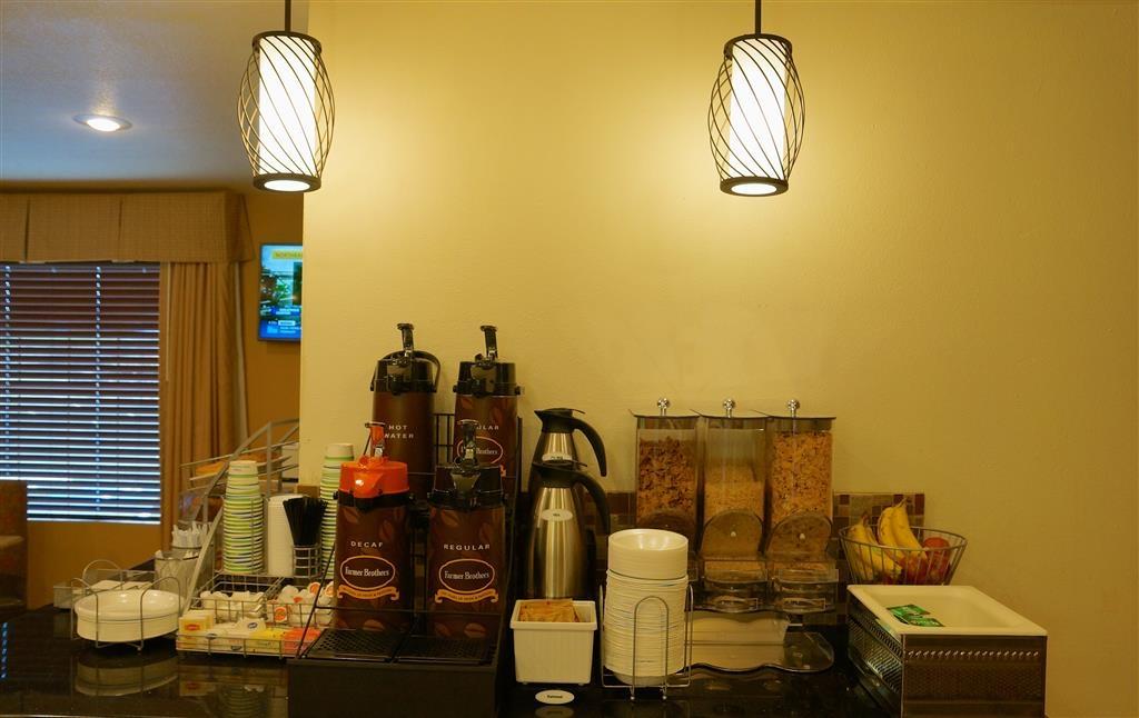 Best Western East El Paso Inn - Zona de desayunos