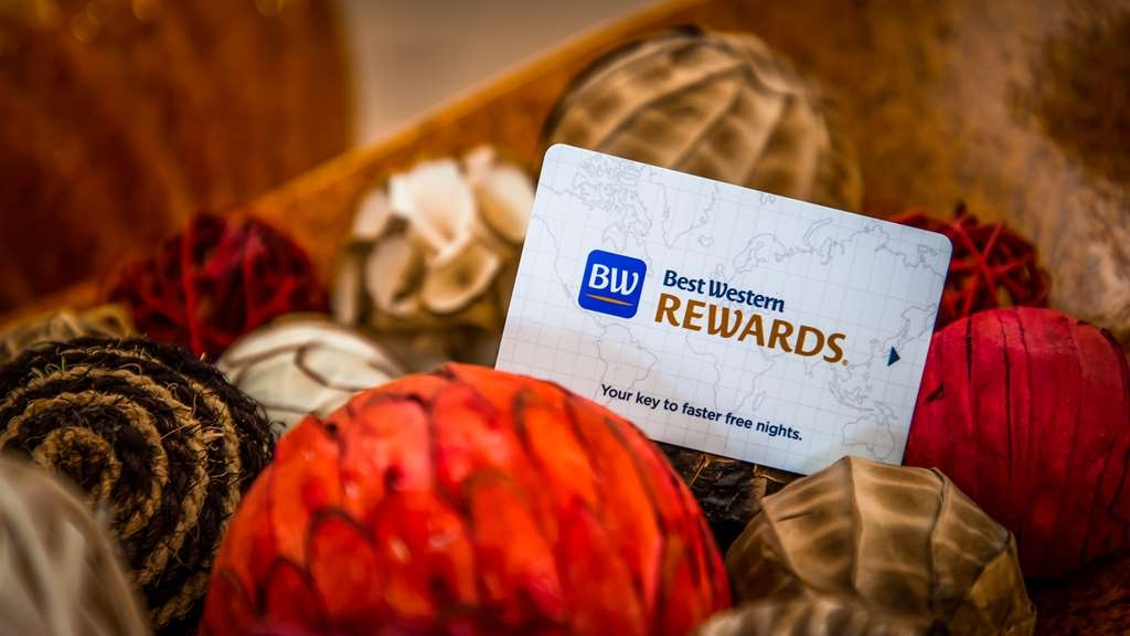 Best Western Plus Waxahachie Inn & Suites - Sign up for our award-winning Best Western Rewards program today!
