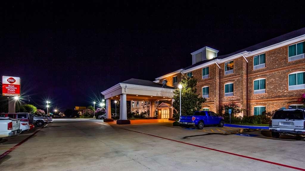 Best Western Plus Waxahachie Inn & Suites - Façade