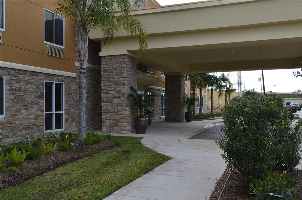 Best Western Plus Seabrook Suites - Außenansicht