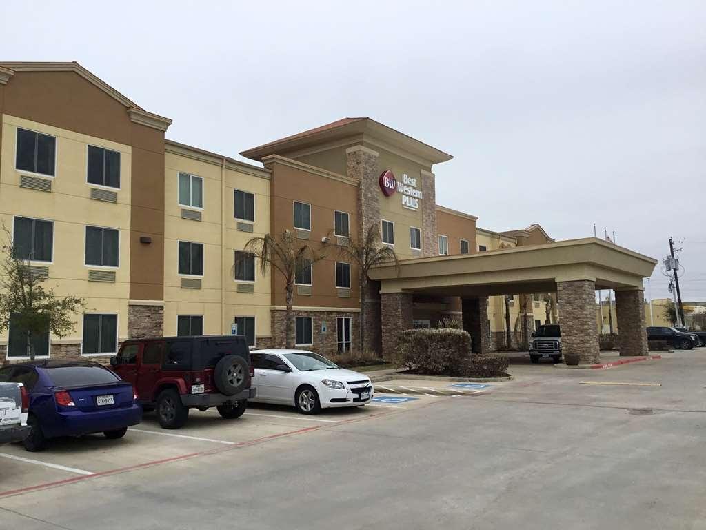 Best Western Plus Seabrook Suites - Facciata dell'albergo