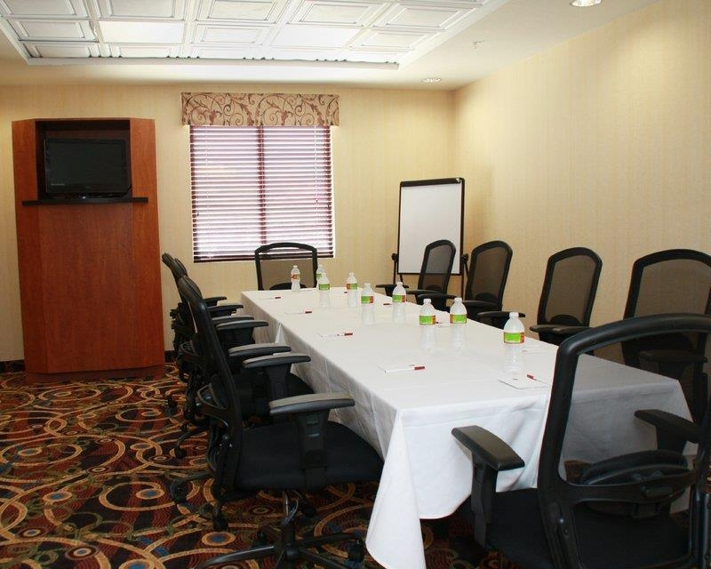 Best Western Plus Seabrook Suites - Need to schedule a meeting for business? We have space available in our board room for you and your clients.