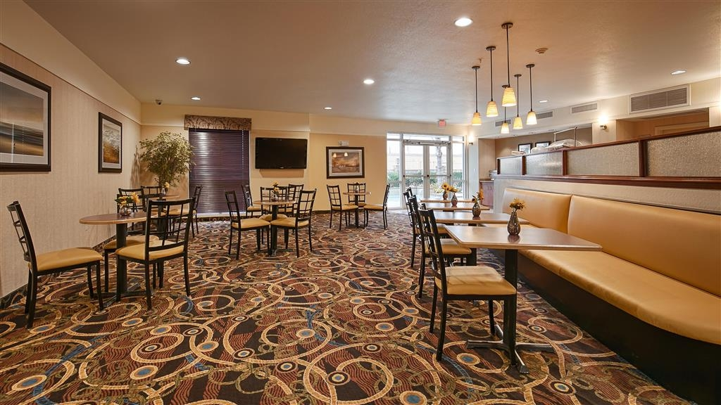 Best Western Plus Seabrook Suites - Dining