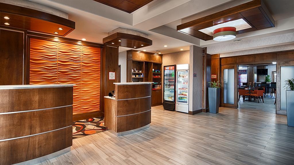 Best Western Plus Fort Stockton Hotel - reception