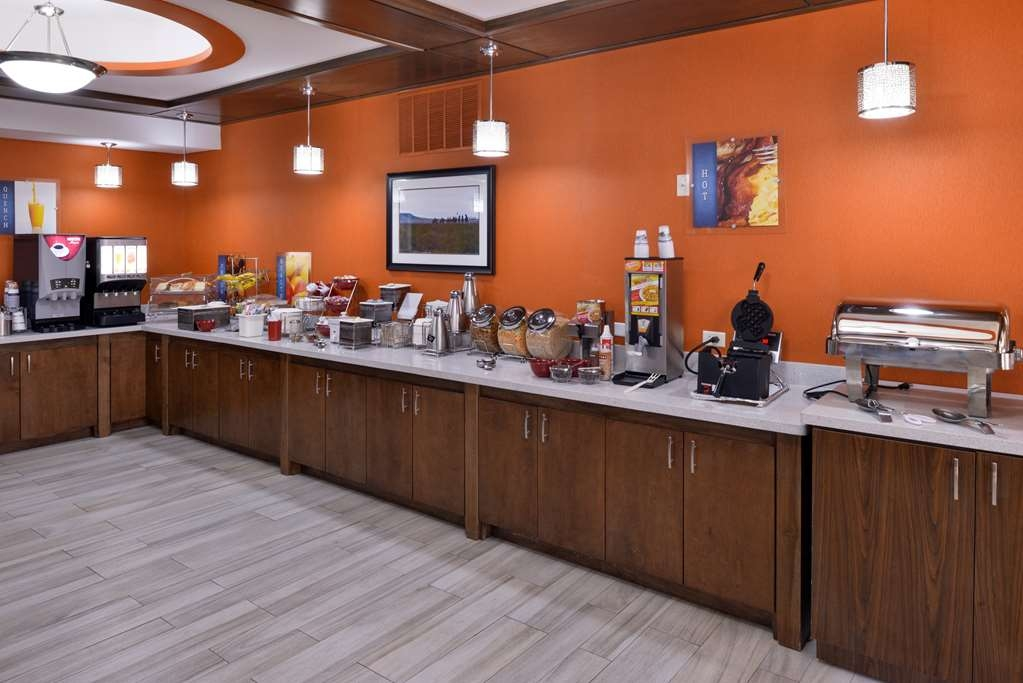 Best Western Plus Fort Stockton Hotel - Prima colazione a buffet