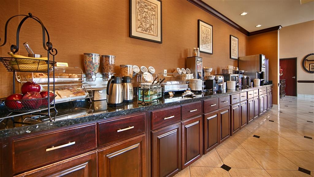 Best Western Orange Inn & Suites - Area colazione