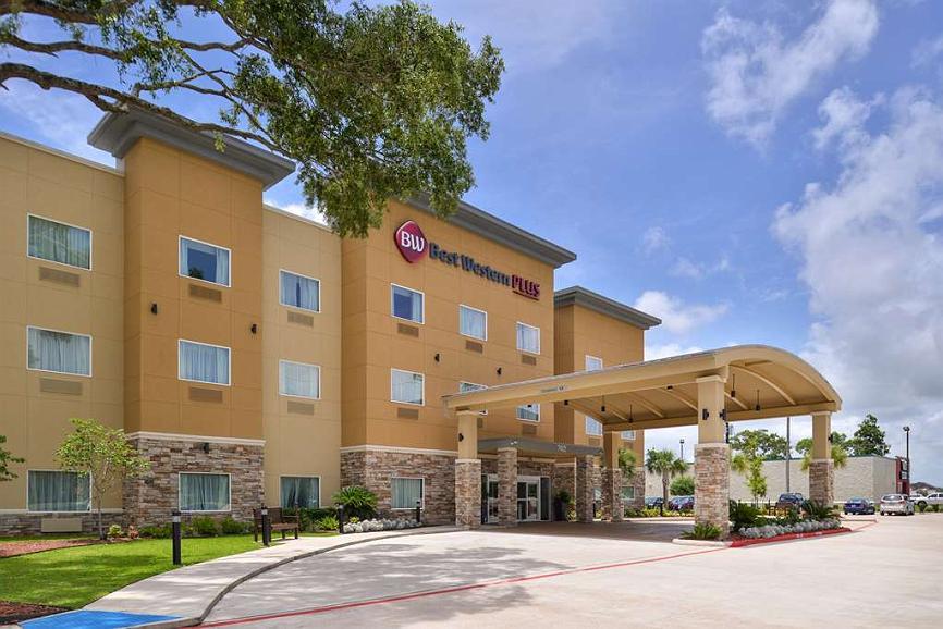 Best Western Plus Lake Jackson Inn & Suites - Aussenansicht