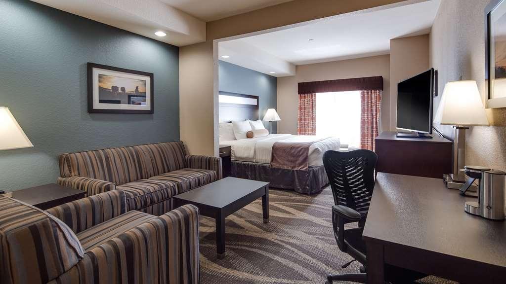 Best Western Plus Lake Jackson Inn & Suites - Suite
