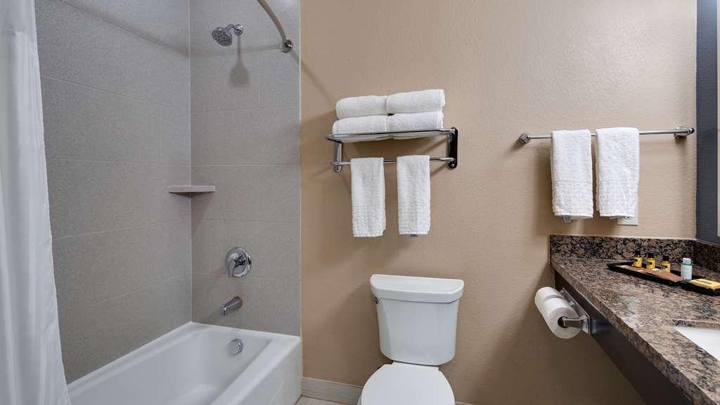 Best Western Plus Lake Jackson Inn & Suites - Habitaciones/Alojamientos