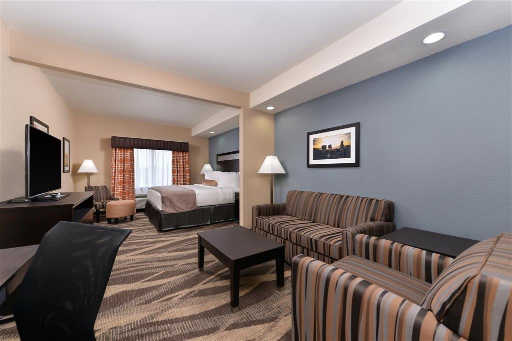 Best Western Plus Lake Jackson Inn & Suites - Suite