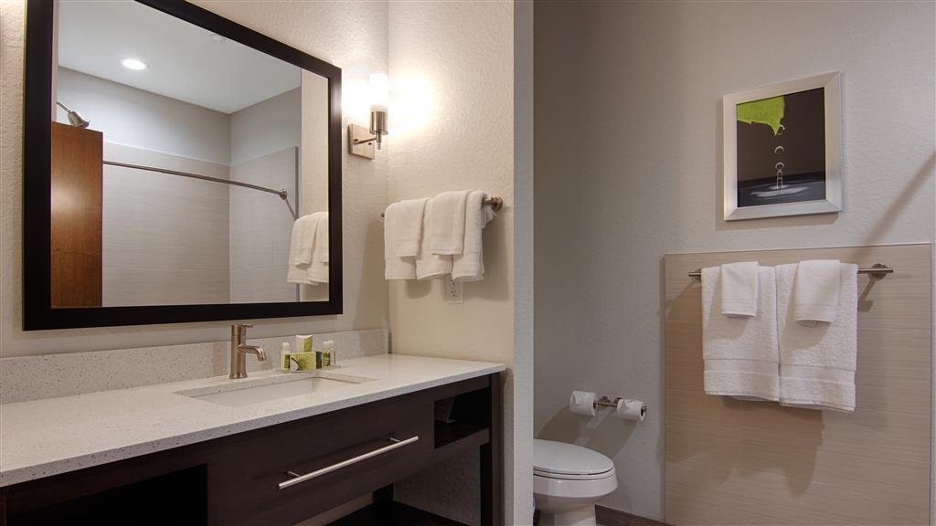 Best Western Plus College Station Inn & Suites - Baño