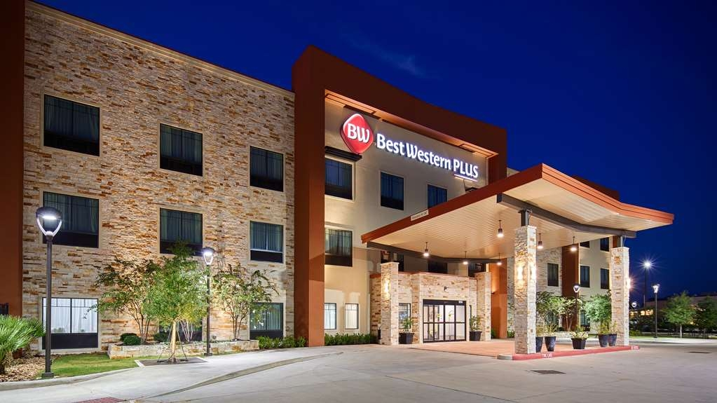 Best Western Plus College Station Inn & Suites - Vista Exterior