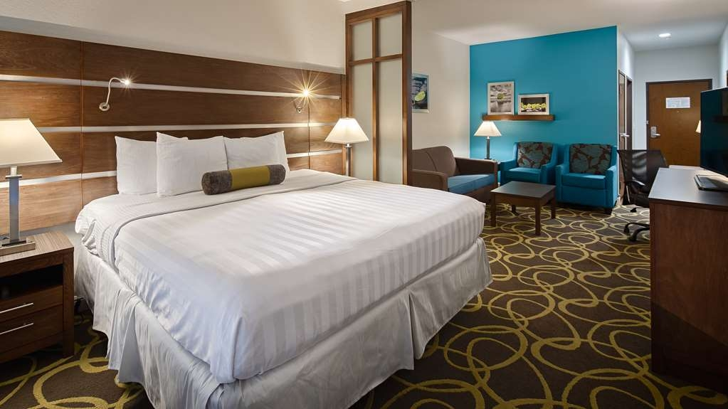 Best Western Plus College Station Inn & Suites - Suite