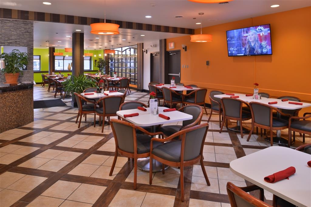 Best Western Plus El Paso Airport Hotel & Conference Center - Restaurant