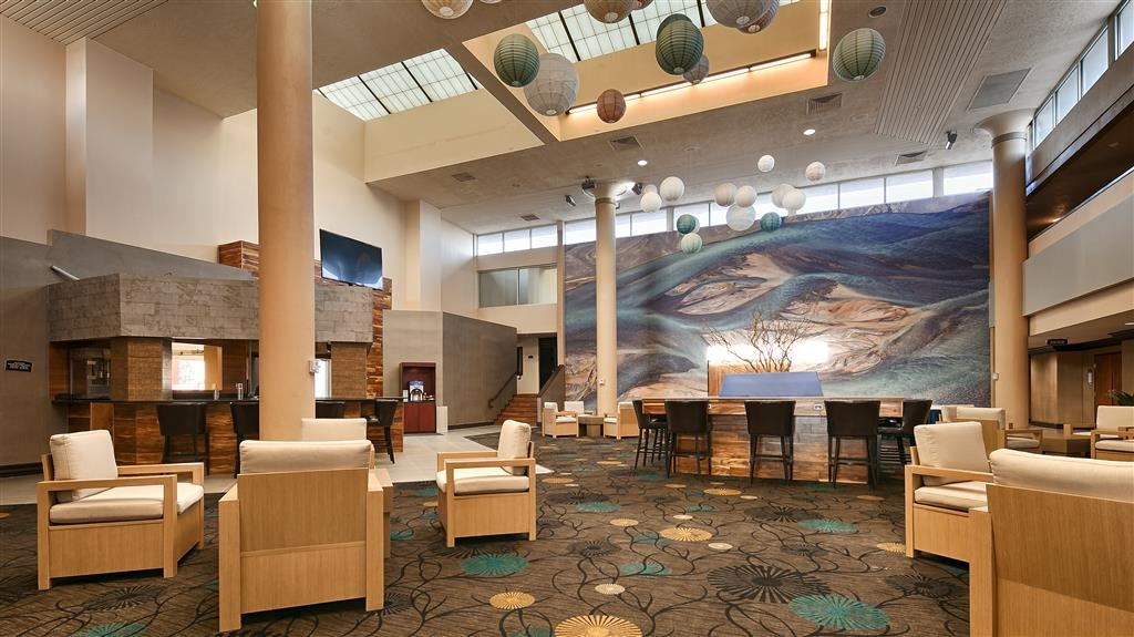 Best Western Plus El Paso Airport Hotel & Conference Center - Hotel Lobby
