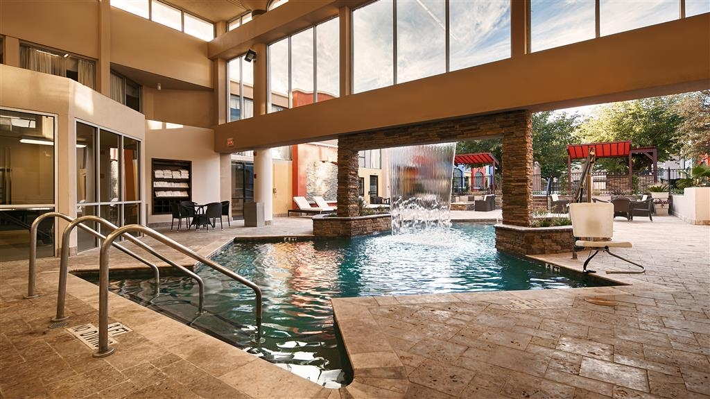 Best Western Plus El Paso Airport Hotel & Conference Center - Indoor Swimming Pool and Hot Tub