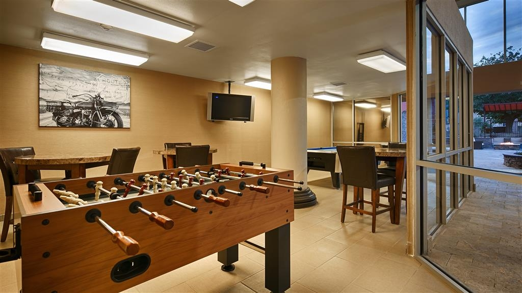 Best Western Plus El Paso Airport Hotel & Conference Center - Recreational Lounge