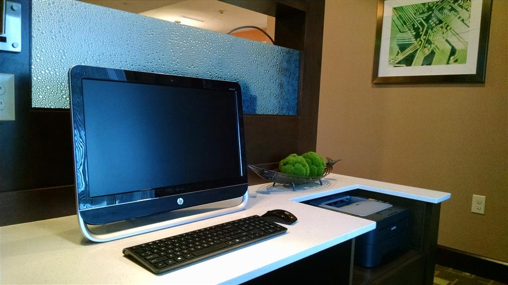 Best Western Plus Flatonia Inn - Stay productive during your time away from home in our business center.