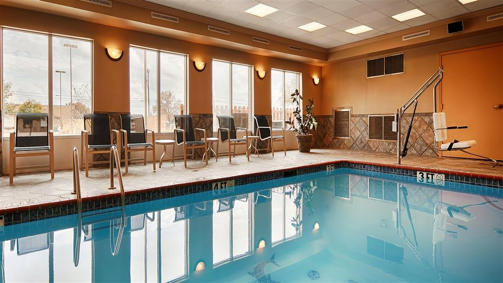 Best Western Plus Woodway Waco South Inn & Suites - Piscine