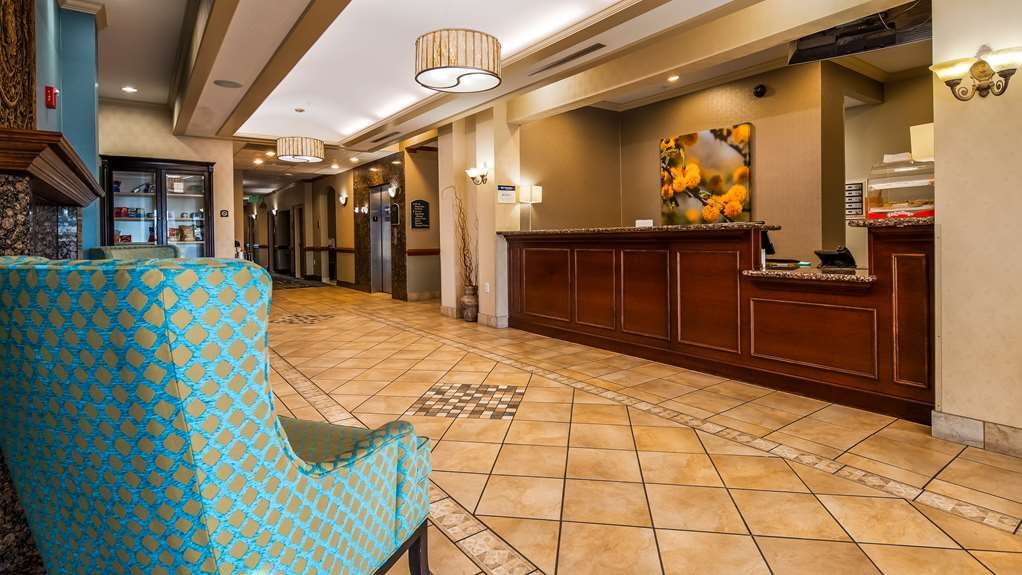 Best Western Plus Woodway Waco South Inn & Suites - Vue du lobby