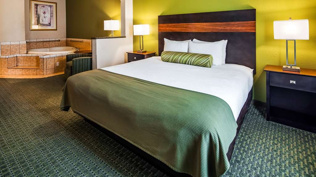 Best Western Plus Woodway Waco South Inn & Suites - Suite