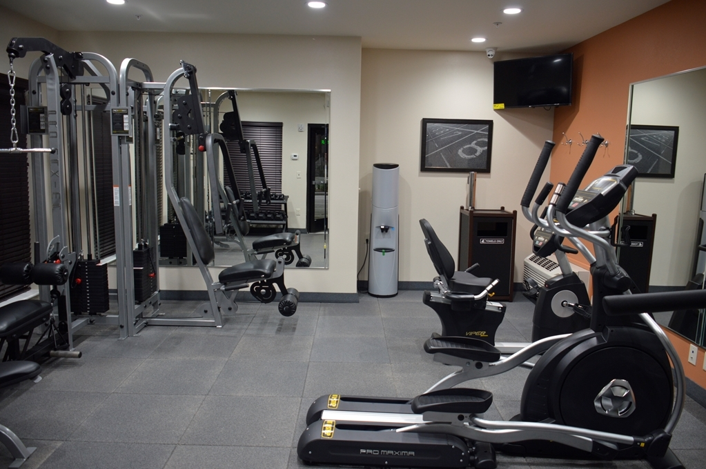 Best Western Plus Spring Inn & Suites - fitnessraum