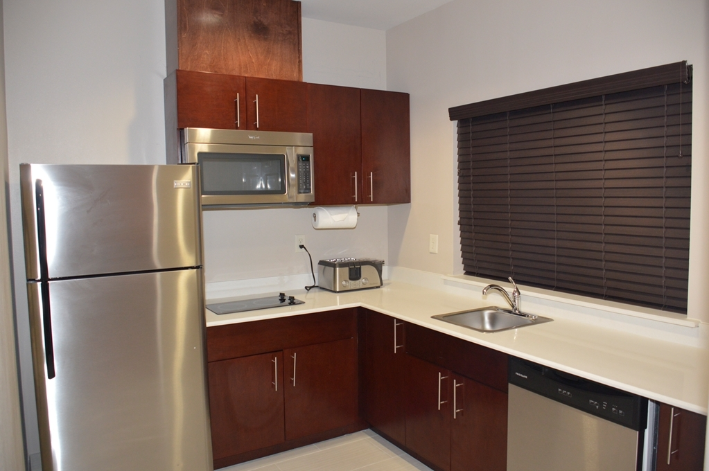 Best Western Plus Spring Inn & Suites - Double Queen Room with Kitchenette