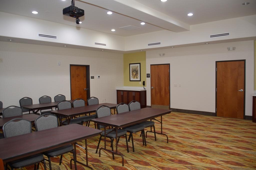 Best Western Plus Spring Inn & Suites - Sala de reuniones