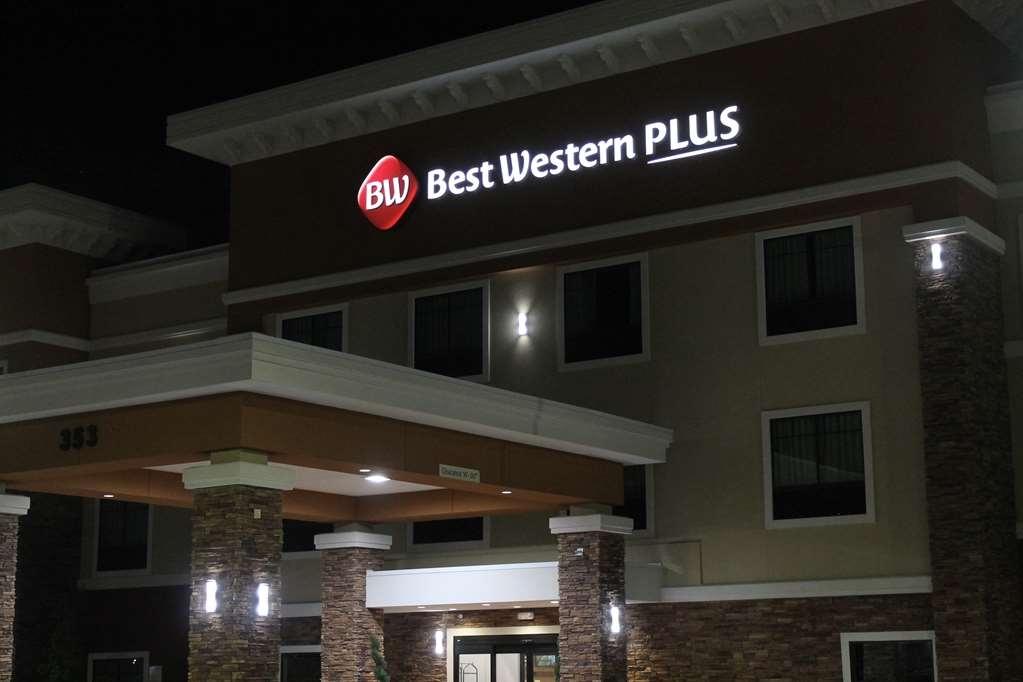 Best Western Plus Spring Inn & Suites - Facciata dell'albergo