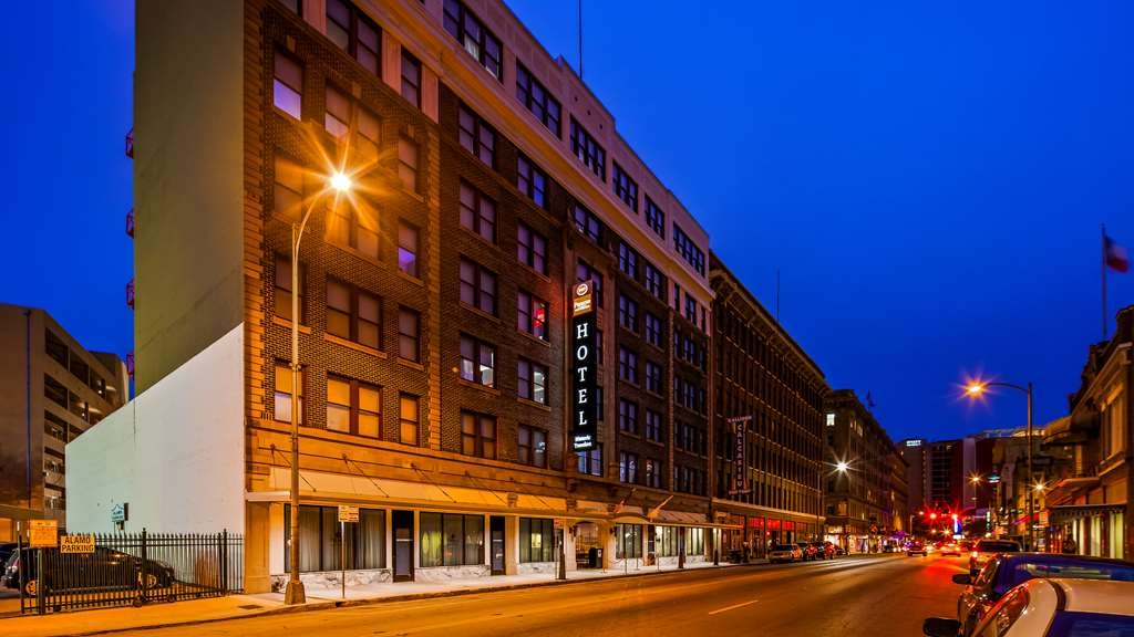 Best Western Premier Historic Travelers Hotel Alamo/Riverwalk - Außenansicht