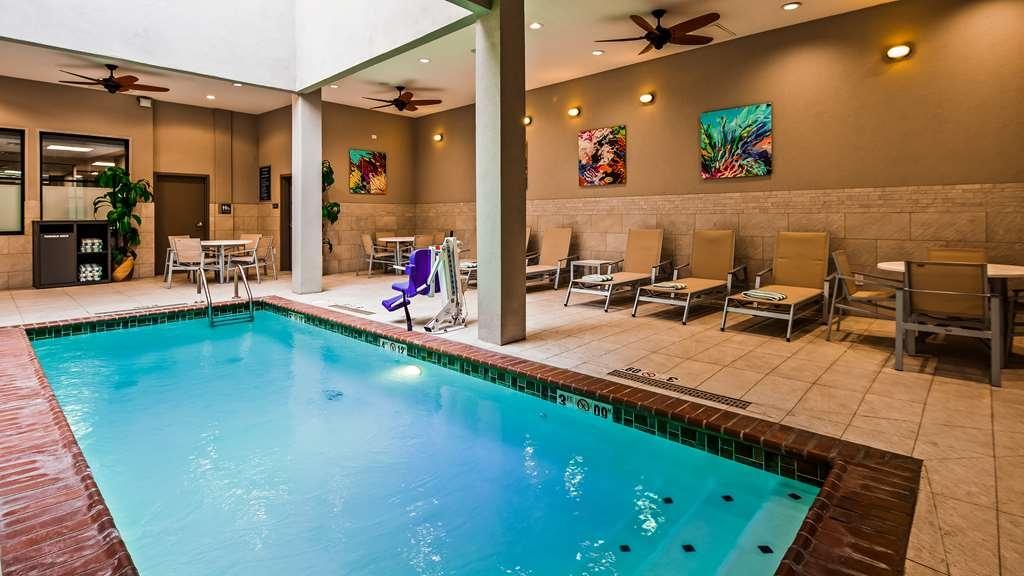Best Western Premier Historic Travelers Hotel Alamo/Riverwalk - Vue de la piscine
