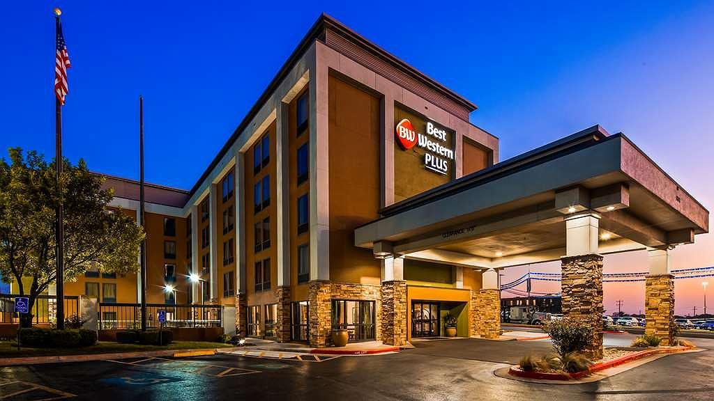 Best Western Plus Medical Center - Vista exterior