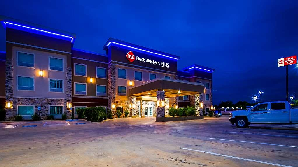 Best Western Plus Dilley Inn & Suites - Vista exterior