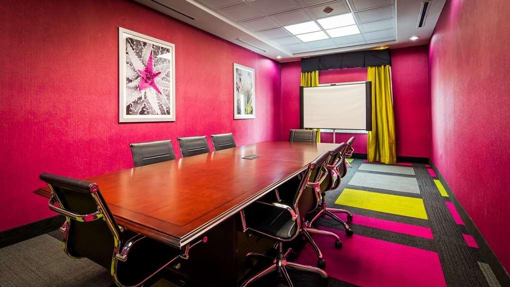 Best Western Plus Dilley Inn & Suites - Salle de réunion