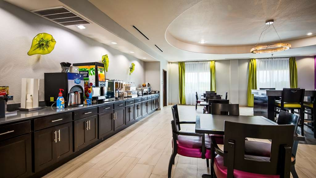 Best Western Plus Dilley Inn & Suites - Restaurant / Etablissement gastronomique