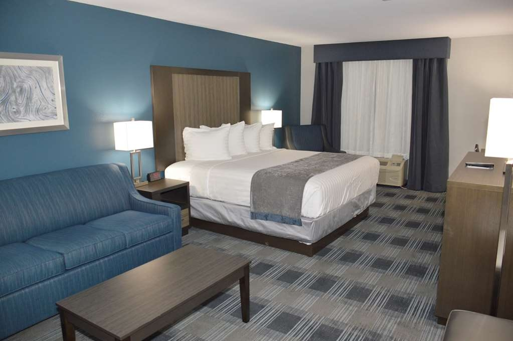 Best Western Town Center Inn - King Sofa Suite with sitting area