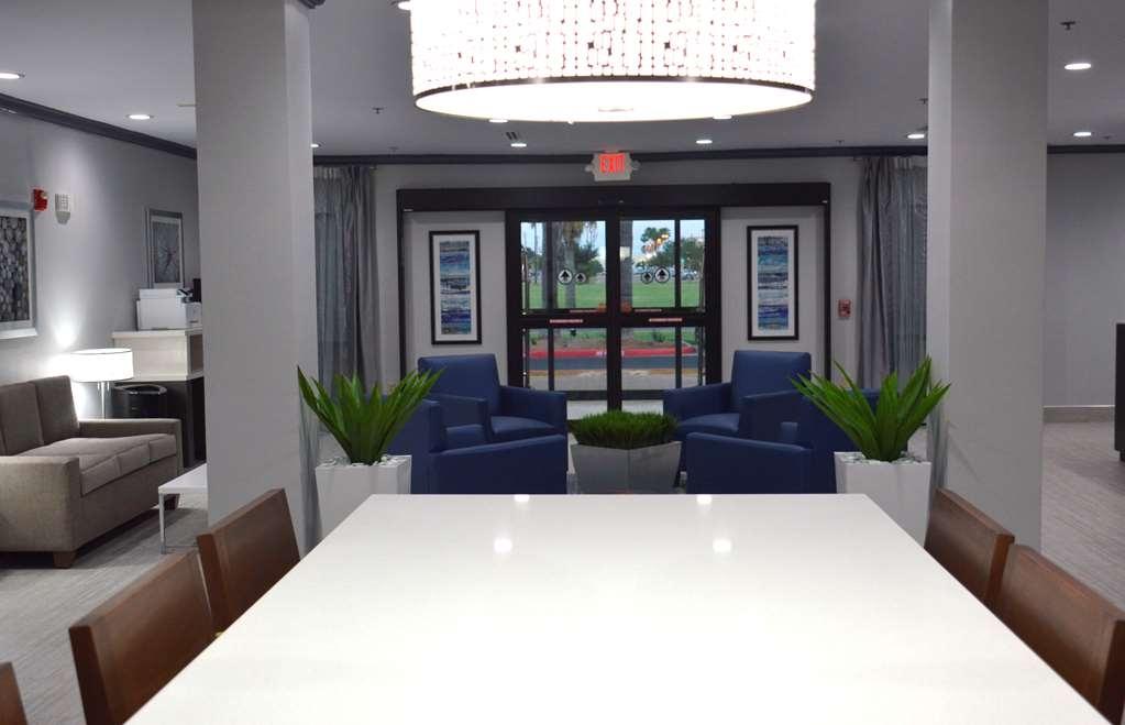 Best Western Town Center Inn - vestíbulo-característica
