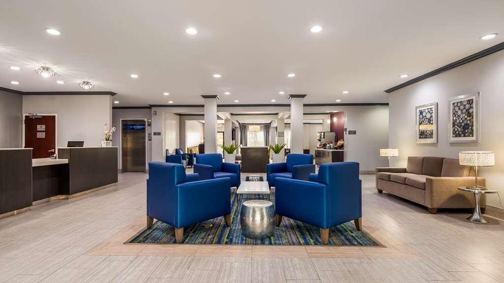 Best Western Town Center Inn - Vista del vestíbulo