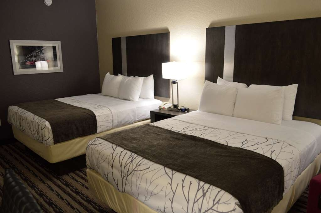 Best Western Boerne Inn & Suites - Two Queen Bed Guest Room - Your comfort is our priority.