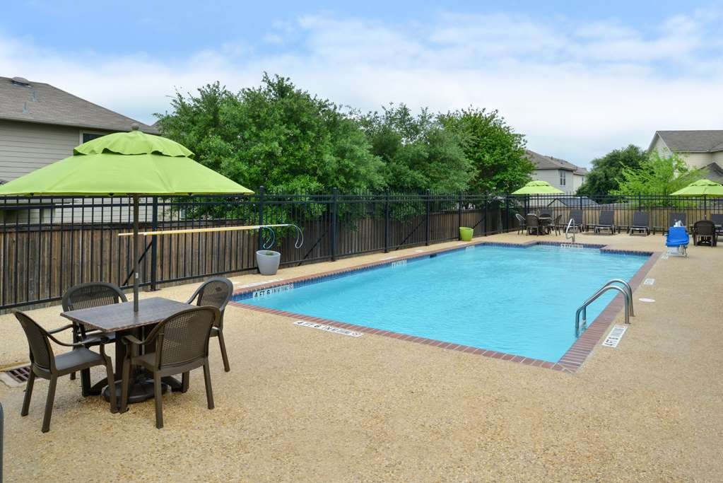 Best Western Boerne Inn & Suites - Poolansicht