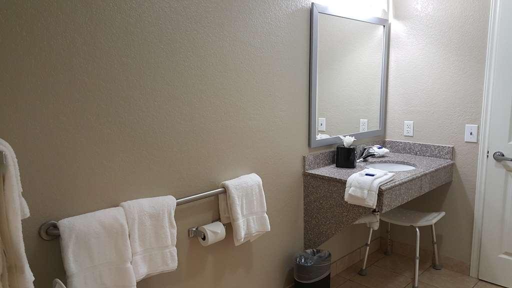 Best Western Boerne Inn & Suites - We take pride in making everything spotless!