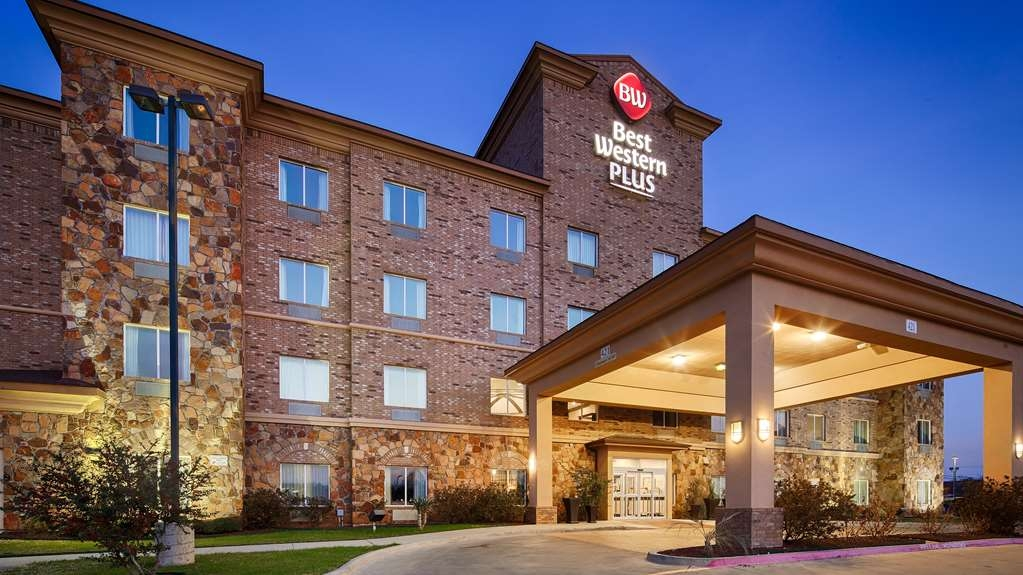 Best Western Plus DFW Airport West Euless - Facciata dell'albergo