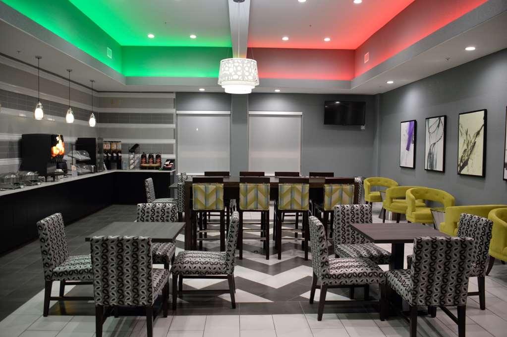 Best Western Plus Pflugerville Inn & Suites - Ristorante / Strutture gastronomiche