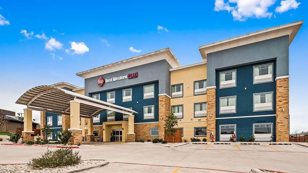 Best Western Plus Lampasas Inn & Suites - Area esterna