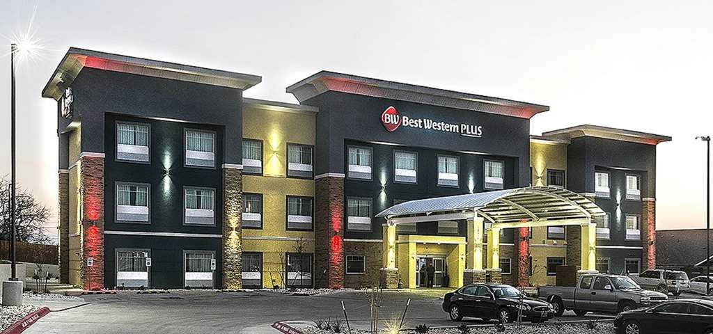 Best Western Plus Lampasas Inn & Suites - Vista Exterior
